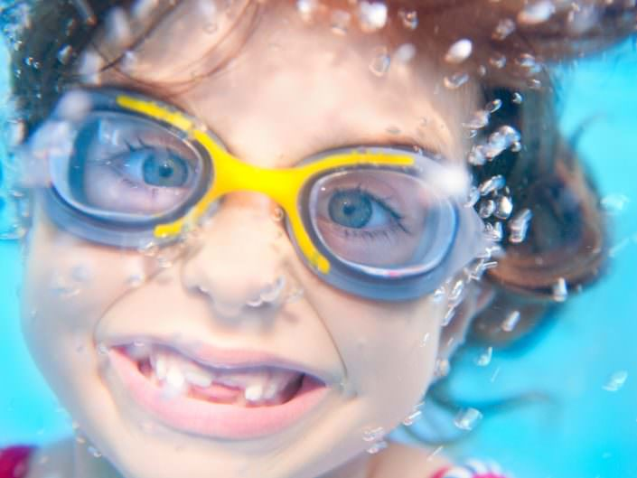 Swimming goggles for young and old - Schwimmsport Steiner Vienna
