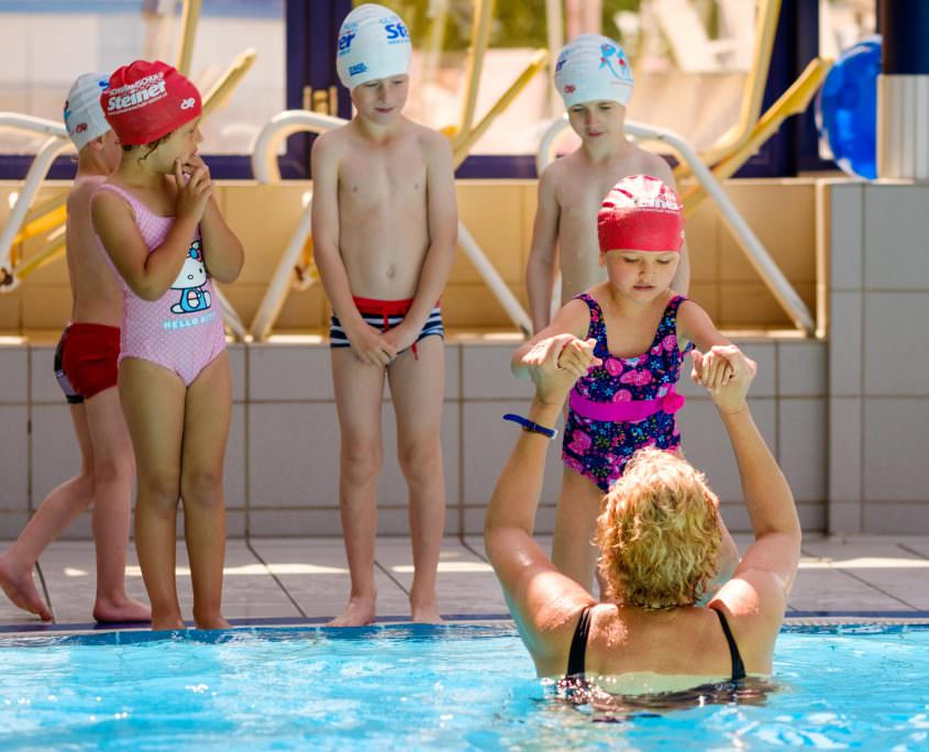Swimming courses in Vienna for slightly advanced