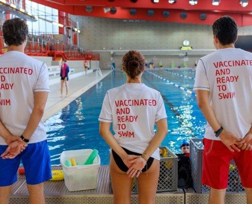Das komplette Team von Schwimmsport Steiner, über 30 Mitarbeiter, ist vollständig geimpft. Wir sind bereit für die Herbst-Schwimmkurse und Schwimmkurse im Wintersemester 2020/2021